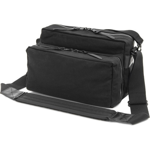 Artisan & Artist ACAM1000 Image Smith Camera Bag (Black)