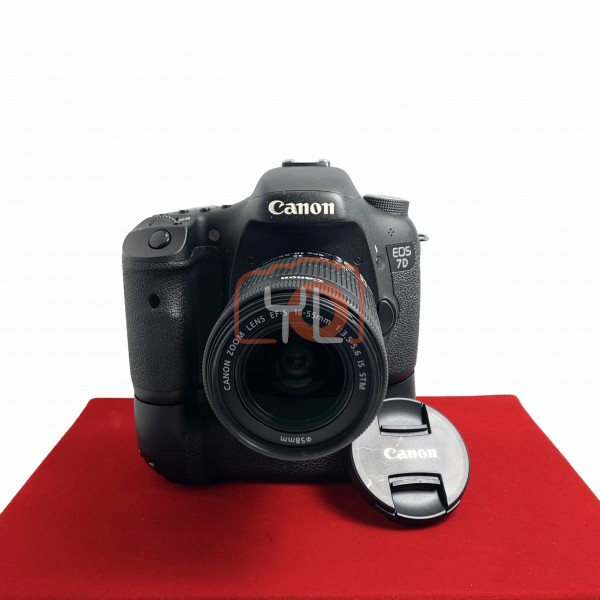 [USED-PJ33] Canon Eos 7D  (Shutter Count:35K) With 18-55MM F3.5-5.6 EFS IS STM + BG-E7 Battery Grip, 80% Like New Condition (S/N:0980600411)