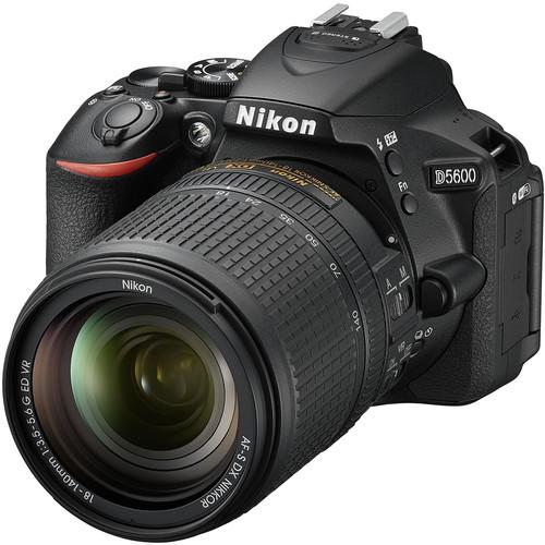 Nikon D5600 + 18-140mm F3.5-5.6G AF-S DX ED VR Lens