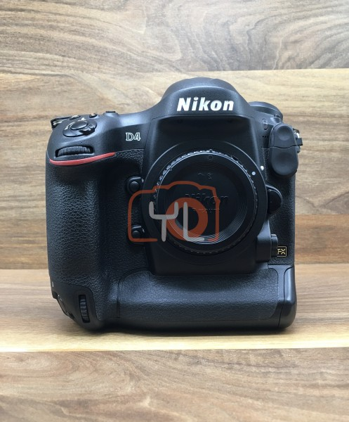 [USED @ YL LOW YAT]-Nikon D4 Camera Body [ shutter count 9567 ],95% Condition Like New,S/N:2065864