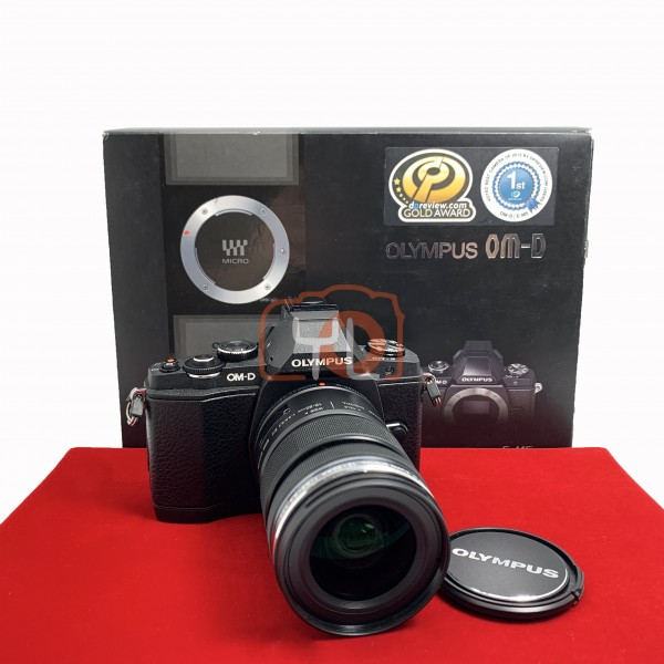 [USED-PJ33] Olympus E-M5 With 12-50mm F3.5-5.6 EZ M.Zuiko, 95% Like New Condition (S/N:BFH228227)