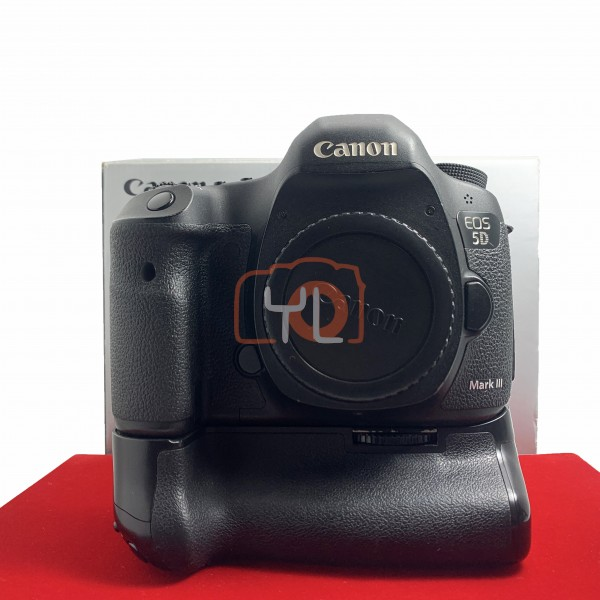 [USED-PJ33] Canon Eos 5D Mark iii Body + 3rd Party Battery Grip, 85% Like New Condition (S/N:920240013100)