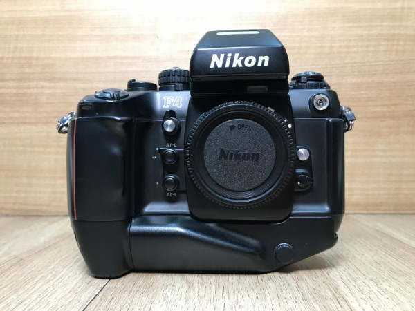 [USED @ YL LOW YAT]-Nikon F4s Film Camera Body,90% Condition Like New,S/N:2615560