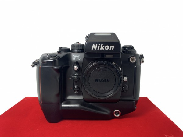 [USED-PJ33] Nikon F4S Film Camera Body, 90% Like New Condition (S/N:2434207)