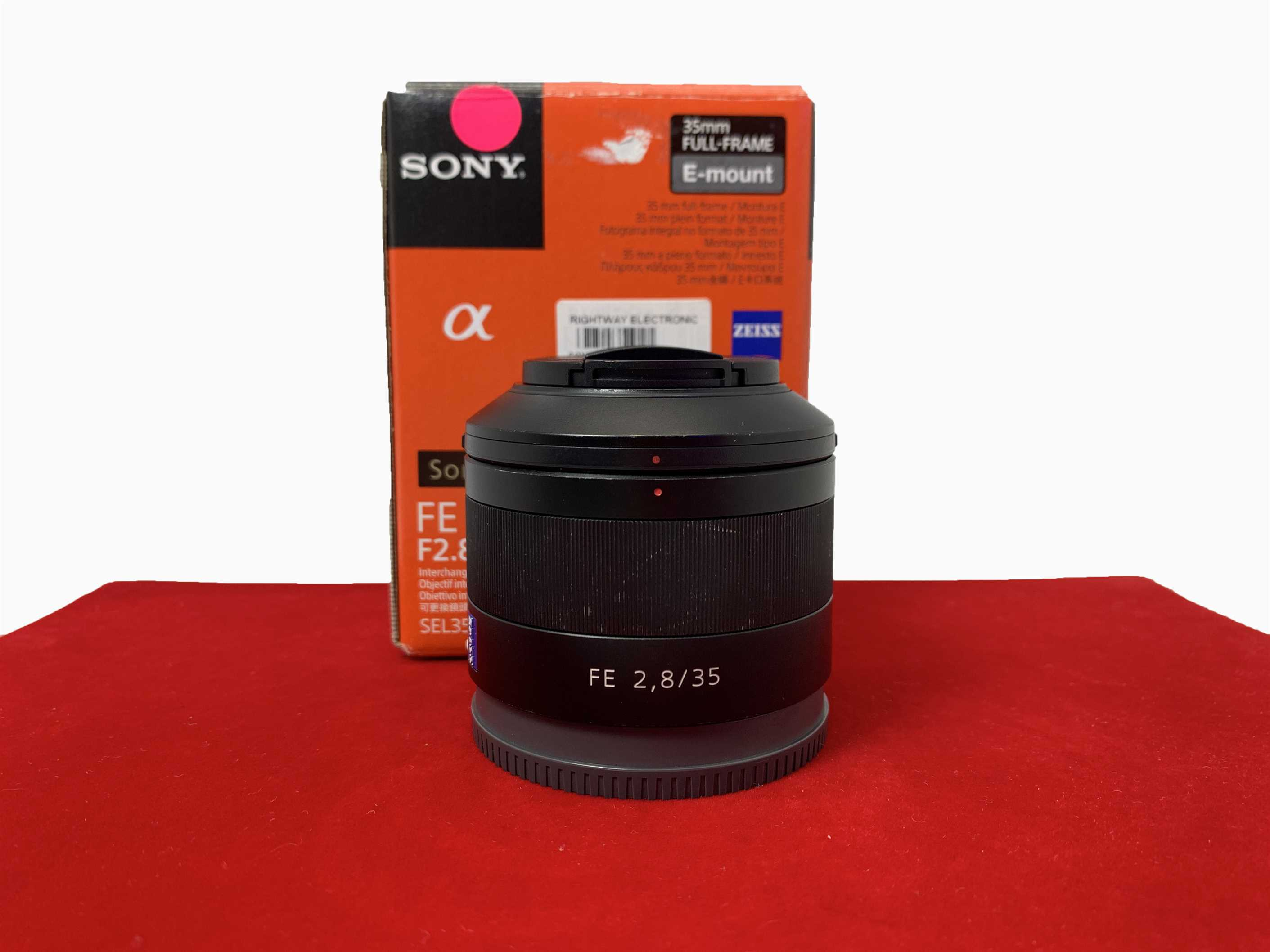 [USED-PJ33] Sony 35mm F2.8 ZA FE Lens,80% Like New Condition (S/N:1821739)