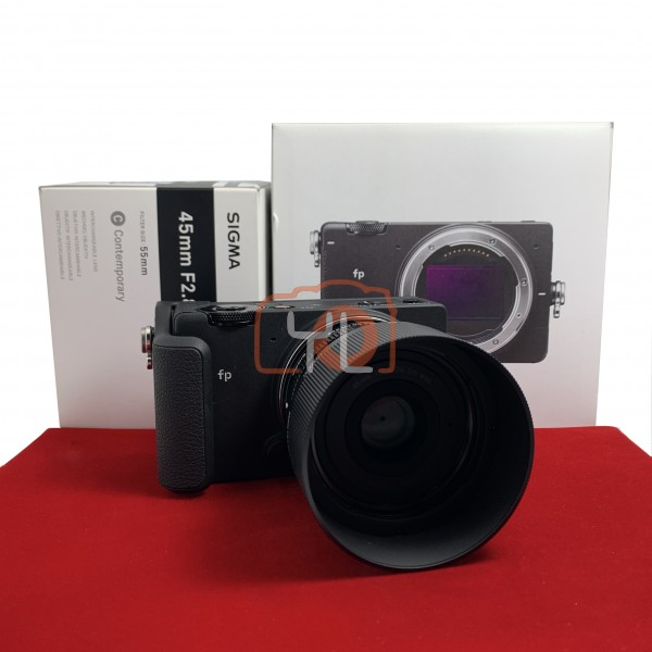 [USED-PJ33] Sigma FP With 45MM F2.8 DG DN Lens + HG-11 Hand Grip, 95% Like New Condition (S/N:91402633)