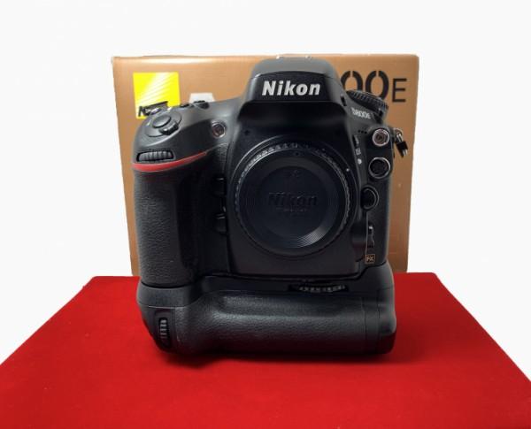 [USED-PJ33] Nikon D800E Body (SC:41K) + MB-D12 Battery Grip, 85% Like New Condition (S/N:8006102)