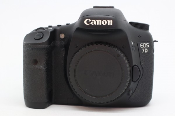 [USED-PUDU] CANON EOS 7D CAMERA 90%LIKE NEW CONDITION SN:0530504802
