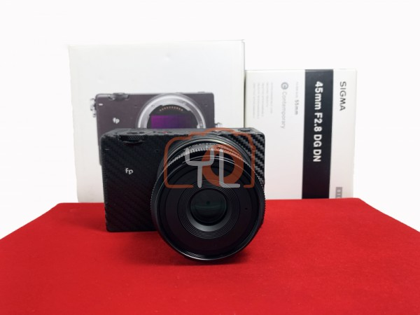 [USED-PJ33] Sigma FP Camera Body + Sigma 45mm F2.8 DG DN (L-Mount), 90% Like New Condition (S/N:91401852)