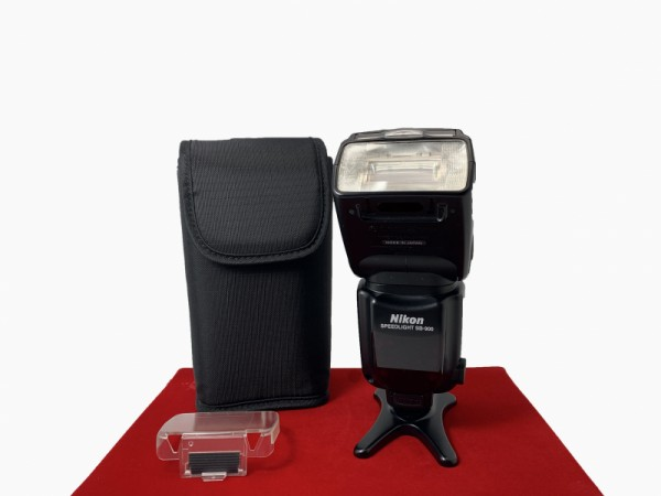[USED-PJ33] Nikon SB-900 Speedlight, 85% Like New Condition (S/N:2179096)