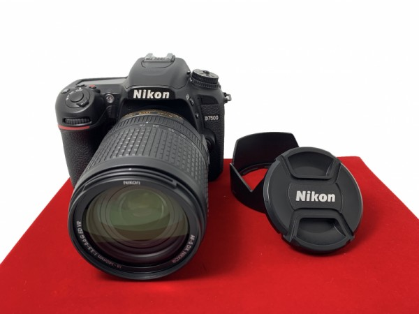 [USED-PJ33] Nikon D7500 With 18-140MM F3.5-5.6 G VR DX (Shutter Court :11K), 95% Like New Condition (S/N:8202669)