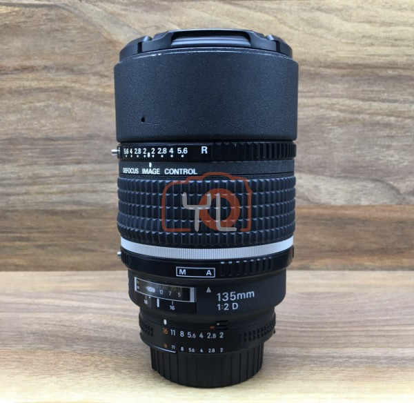 [USED @ YL LOW YAT]-Nikon AF 135mm F2 D DC-Nikkor Lens,85% Condition Like New,S/N:515584