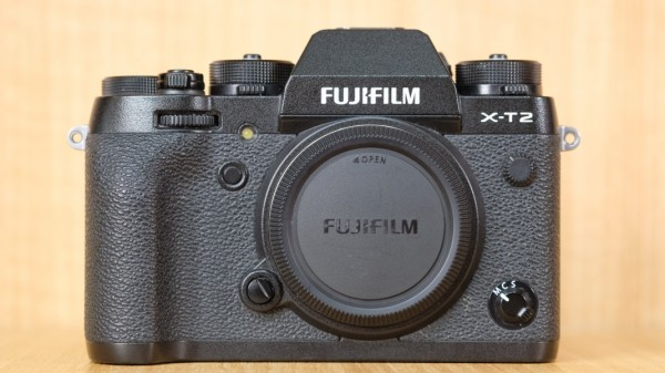 (USED YL LOW YAT)-FUJIFILM X-T2 CAMERA BODY,95% LIKE NEW CONDITION,S/N:63057815
