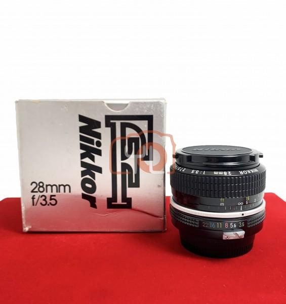 [USED-PJ33] Nikon 28mm F3.5, 95% Like New Condition (S/N:273740)