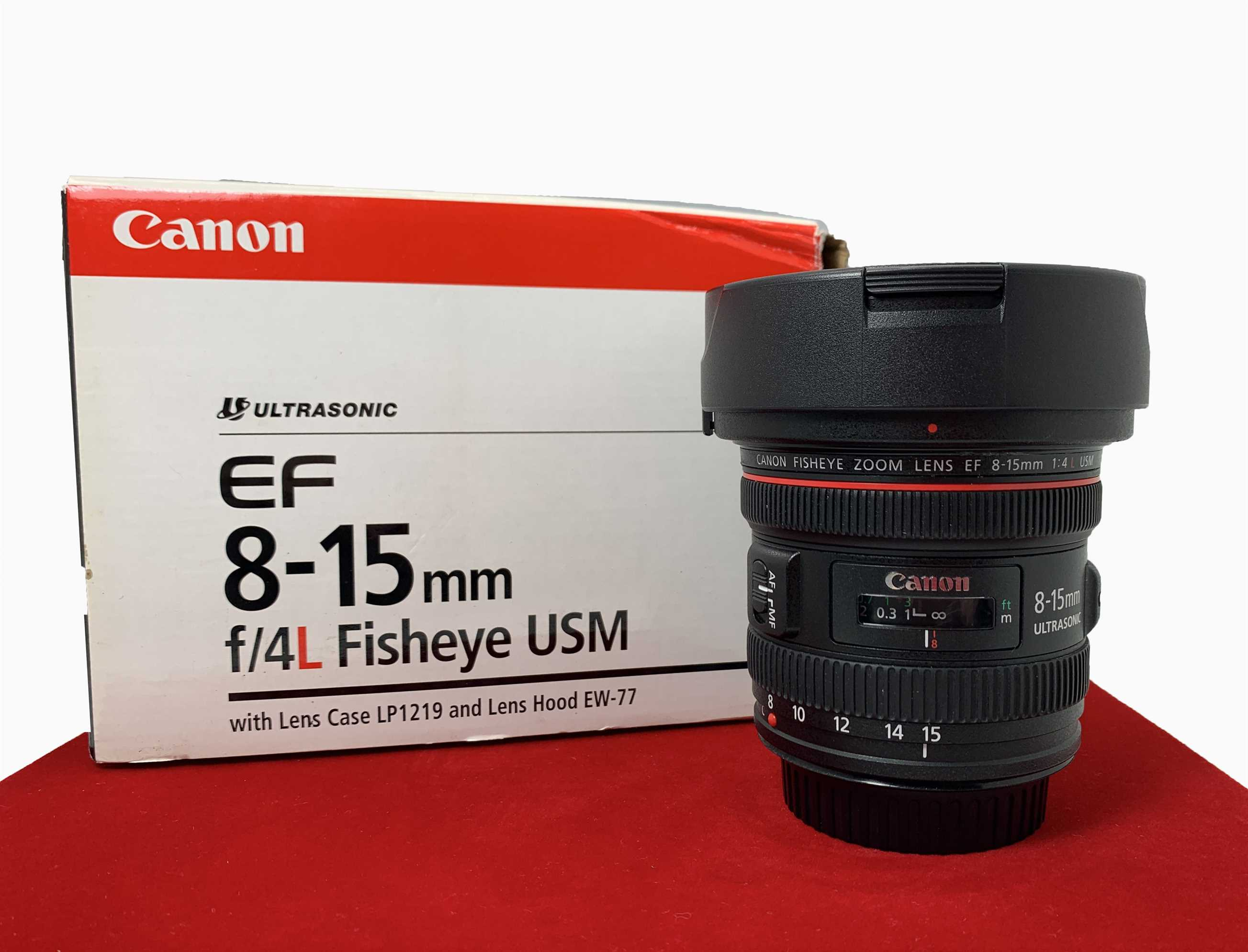 [USED-PJ33] Canon 8-15MM F4 L EF Fisheye Zoom Lens, 95% Like New Condition (S/N:8000003298)