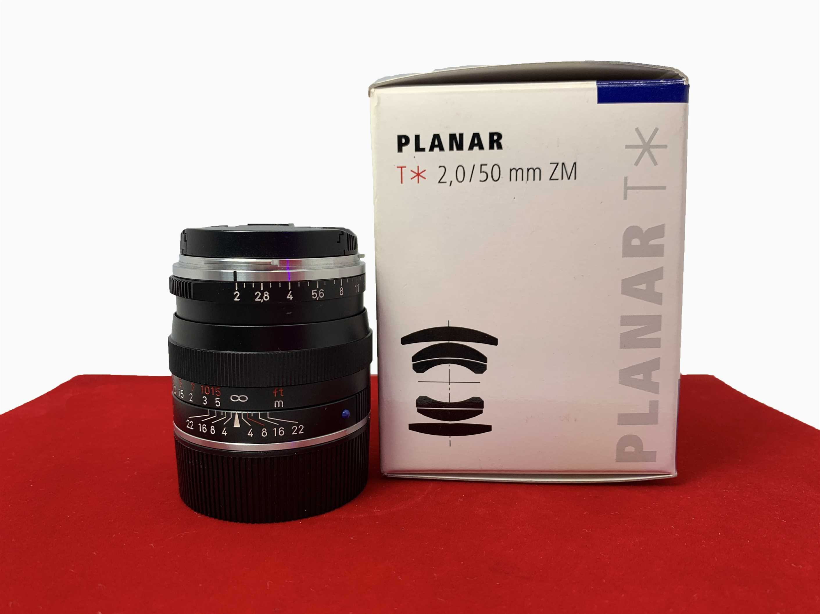 [USED-PJ33] Zeiss 50MM F2 Plannar T* ZM (Leica Mount) (Black),80% Like New Condition (S/N:15842664)