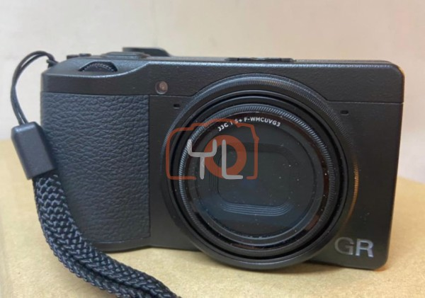 [USED-PJ33] Ricoh GR III Camera 95% like new