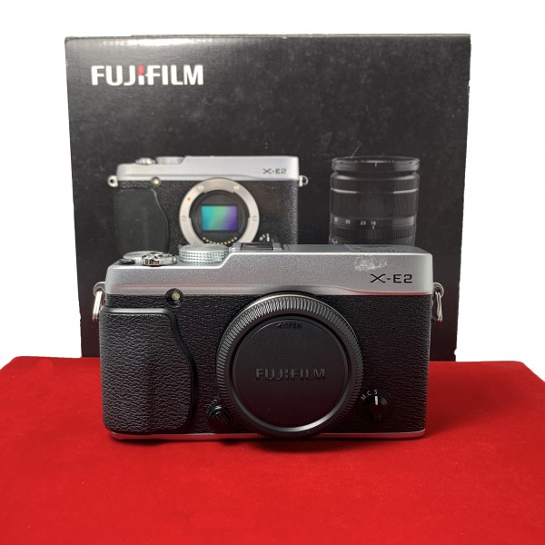 [USED-PJ33] Fujifilm X-E2 Body (Silver), 90% Like New Condition (S/N:34M04444)
