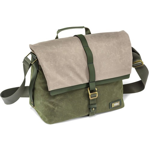 National Geographic NG RF2450 NG Rain Forest Camera Messenger Bag (Medium, Green)