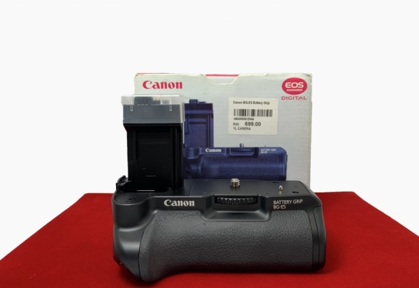 [USED-PJ33] Canon BG-E5 Battery Grip (450D & 1000D), 98% Like New Condition (SN-)