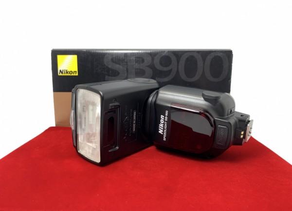 [USED-PJ33] Nikon SB-900 Speedlight, 95% Like New Condition (S/N:2388148)
