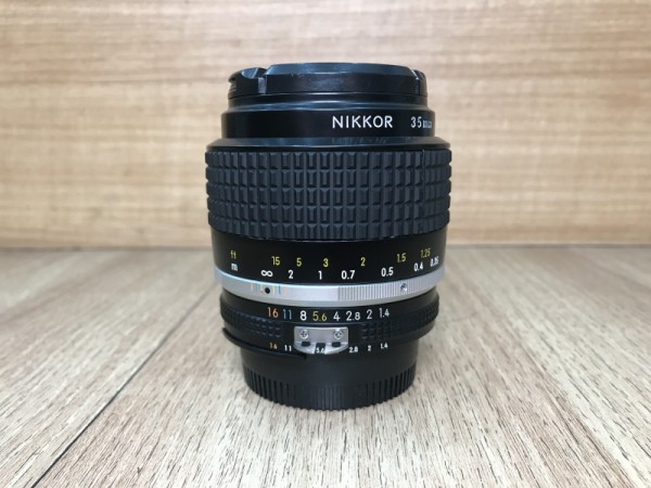 [USED @ YL LOW YAT]-Nikon 35mm F1.4 AIS Lens,90% Condition Like New,S/N:471658