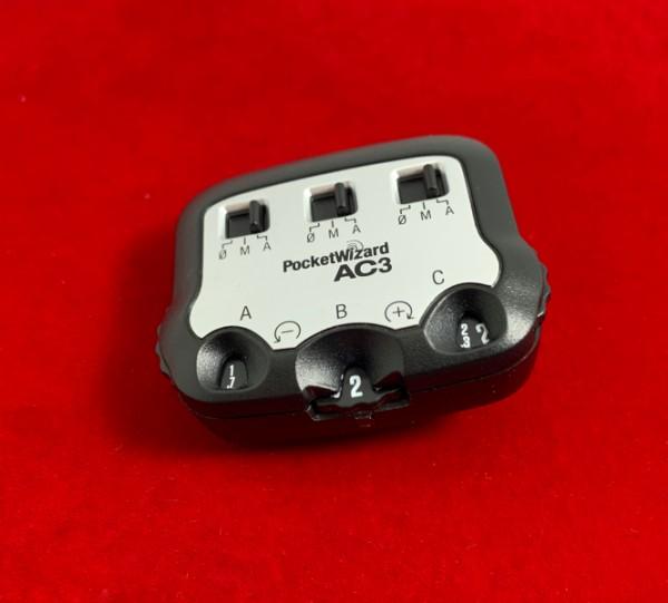 [USED-PJ33] PocketWizard AC3 Zone Controller (Nikon), 95% Like New Condition