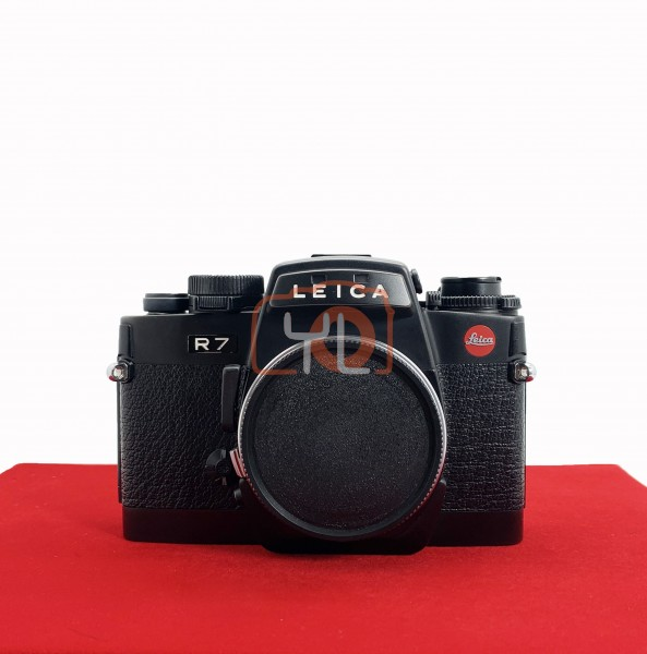 [USED-PJ33] Leica R7 Film Camera, 90% Like New Condition (S/N:1910895)