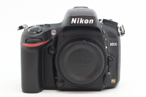 [USED-PUDU] NIKON D600 CAMERA BODY 88%LIKE NEW CONDITION SN:8007005