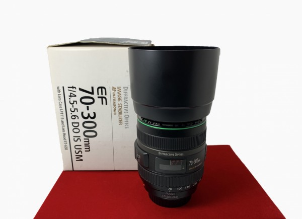 [USED-PJ33] Canon 70-300MM F4.5-5.6 DO EF IS USM ,99% Like New Condition (S/N:37800354)