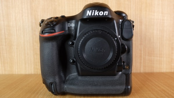 (USED YL LOW YAT)-Nikon D4s Camera Body,90% Condition Like New,S/N:2013900