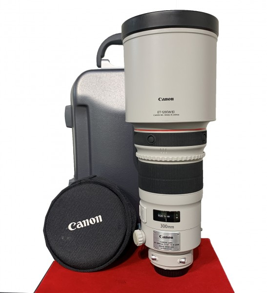 [USED-PJ33] Canon 300MM F2.8 L IS II EF USM, 90% Like New Condition (S/N:2115066)
