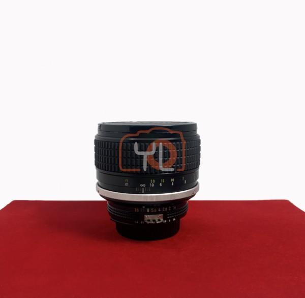 [USED-PJ33] Nikon 85MM F1.4 AIS, 90% Like New Condition (S/N:224941)