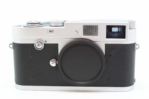 [USED-PUDU] Leica M1 Silver Body Rangefinder Film camera 90%LIKE NEW CONDITION  SN:950951