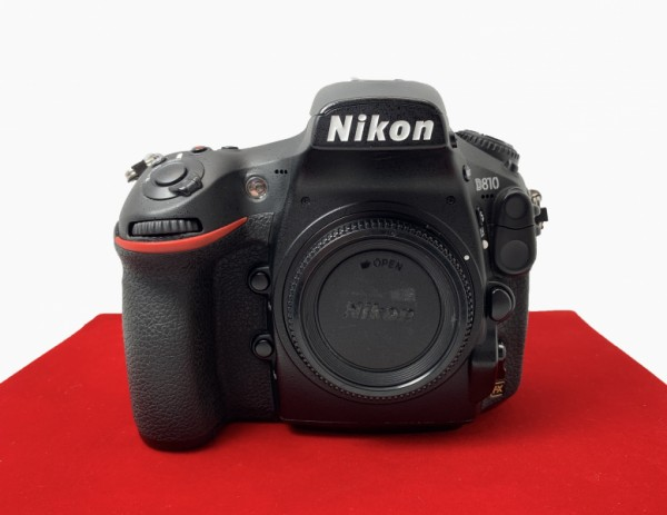 [USED-PJ33] Nikon D810 Body (SC:90K), 85% Like New Condition (S/N:8505354)