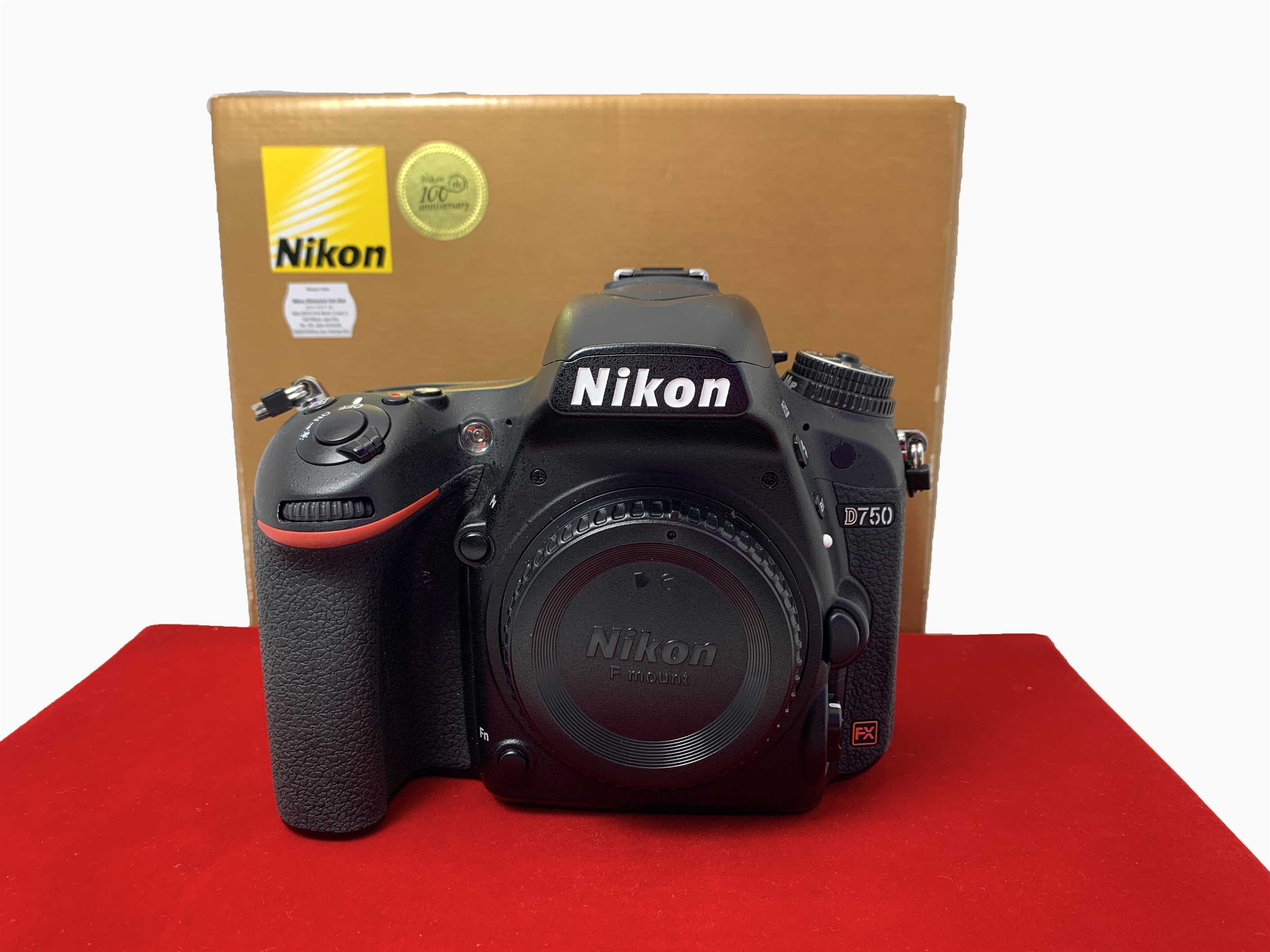 [USED-PJ33] Nikon D750 Camera Body,90% Like New Condition (S/N:8530059)