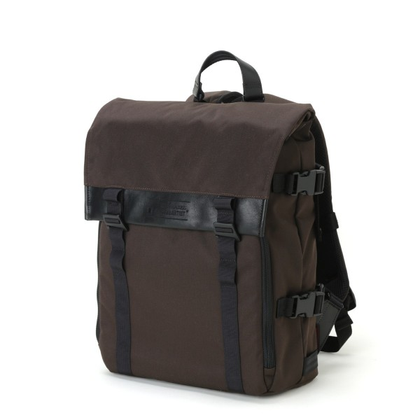 Artisan & Artist RDB-BP300 Backpack (Brown)