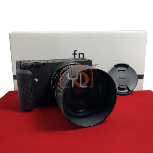 [USED-PJ33] Sigma FP With 45MM F2.8 DG DN Lens + HG-11 Hand Grip, 98% Like New Condition (S/N:91406522)