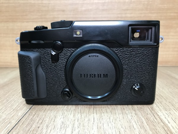 [USED @ YL LOW YAT]-Fujifilm X-Pro 2 Camera Body Black [shutter count 2674],90% Condition Like New,S/N:81M50237