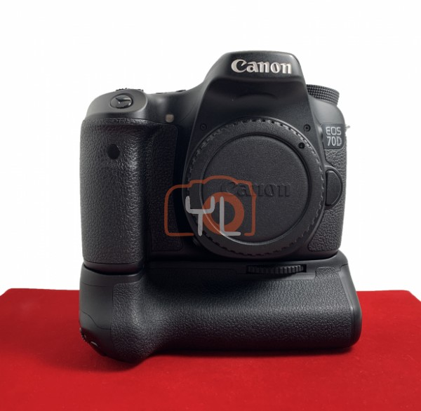 [USED @ YL LOW YAT]-Canon Eos 70D Body (Shutter Count : 7800 ) + BG-E14 Battery Grip , 95% Like New Condition (S/N:88024003402)