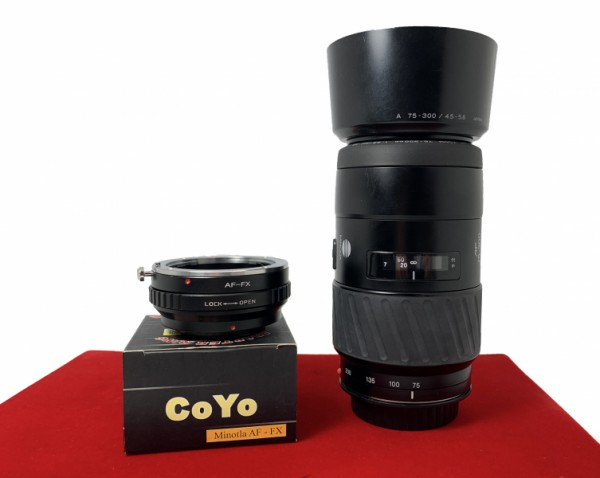 [USED-PJ33] Minolta 75-300MM F4.5-5.6 AF (Sony A Mount) + Coyo Sony A Mount To FX (Fuji) Adapter, 90% Like New Condition (S/N:19501081)