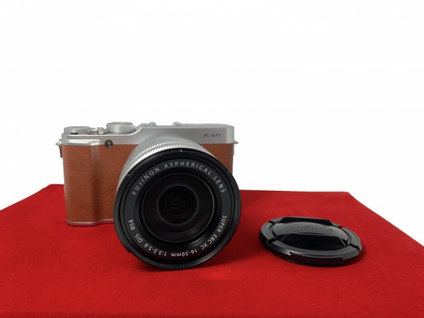 [USED-PJ33] Fujifilm X-M1 With 16-50MM F3.5-5.6 OIS XC, 85% Like New Condition (S/N:38L04590)