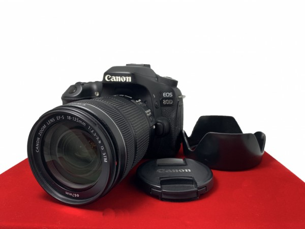 [USED-PJ33] Canon Eos 80D With 18-135MM F3.5-5.6 IS STM (SC:59K), 85% Like New Condition (S/N:14802200669)
