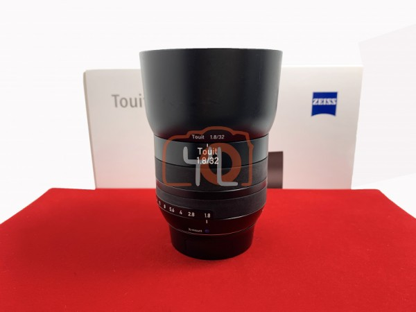[USED-PJ33] Zeiss 32MM F1.8 Touit (Fujifilm X Mount), 85% Like New Condition (S/N:51036862)