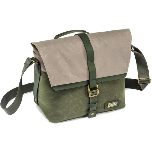 National Geographic NG RF2350 NG Rain Forest Camera Messenger Bag (Small, Green)