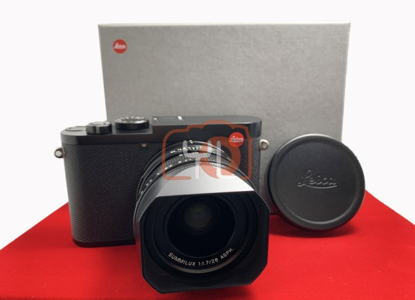 [USED-PJ33] Leica Q2 Digital Camera 19051, 90% Like New Condition (S/N:5402110)