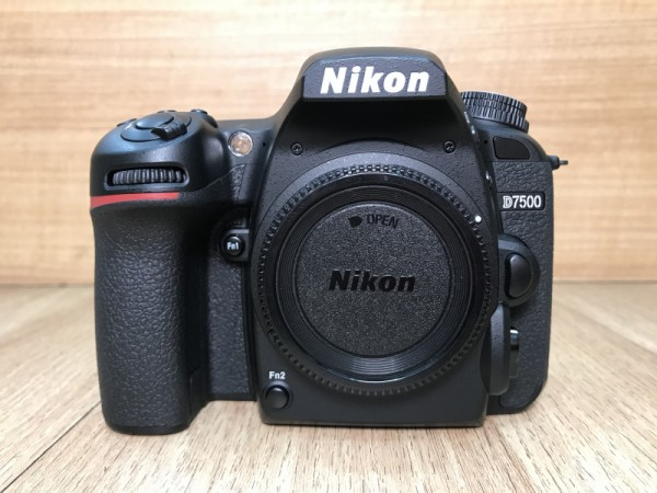 [USED @ YL LOW YAT]-Nikon D7500 Body [ shutter count 32K ],95% Condition Like New,S/N:2020684