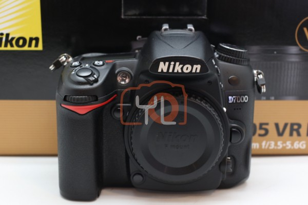 [USED-PUDU]-NIKON D7000 CAMERA BODY 90%LIKE NEW CONDITION SN:8145306