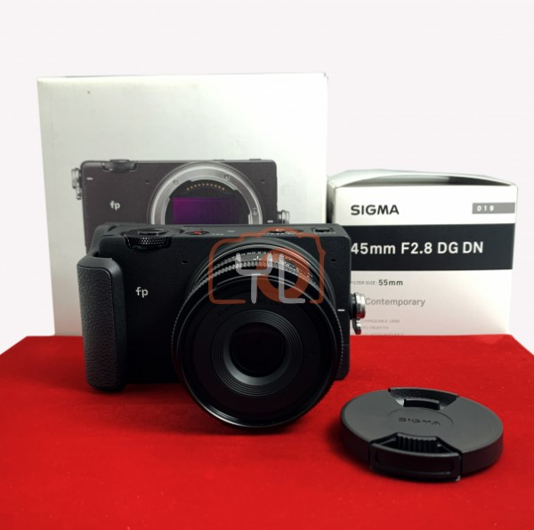 [USED-PJ33] Sigma FP With 45MM F2.8 DG DN Lens + HG-11 Hand Grip, 95% Like New Condition (S/N:91402685)