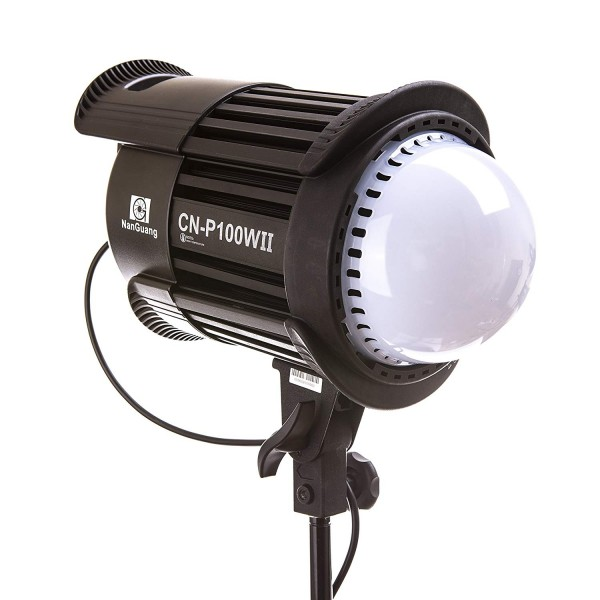 (SPECIAL DEAL) NanGuang CN-P100WII LED Studio Fresnel Light